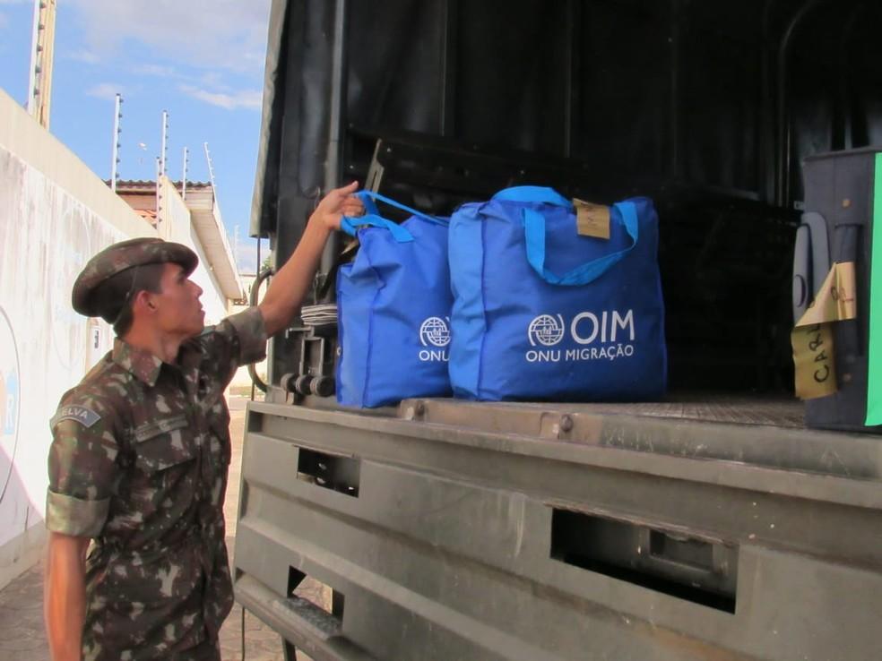 Força Aérea Brasileira prestou ajuda na chegada do grupo de 36 venezuelanos a Porto Velho.  — Foto: Patrícia Grenhas/Cáritas Brasileira Articulação Noroeste