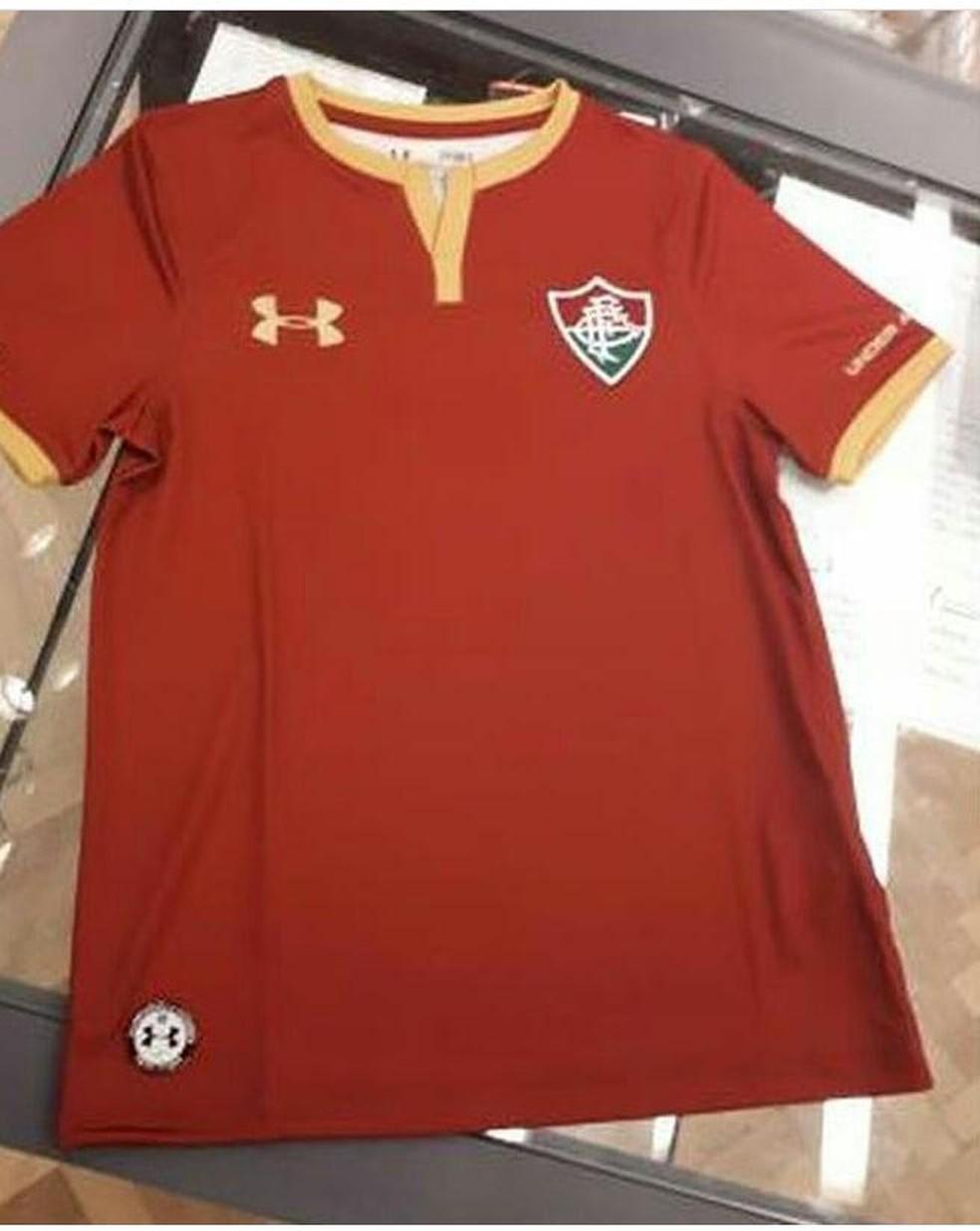 91d3ce704bac3 ... Nova terceira camisa do Fluminense — Foto  Reprodução