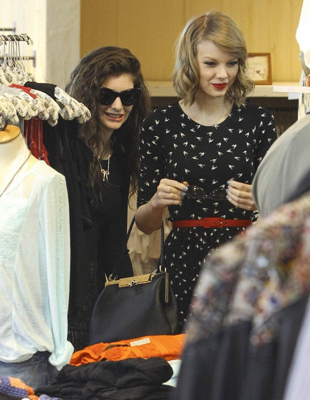 Lorde e Taylor Swift (Foto: Grosby Group)