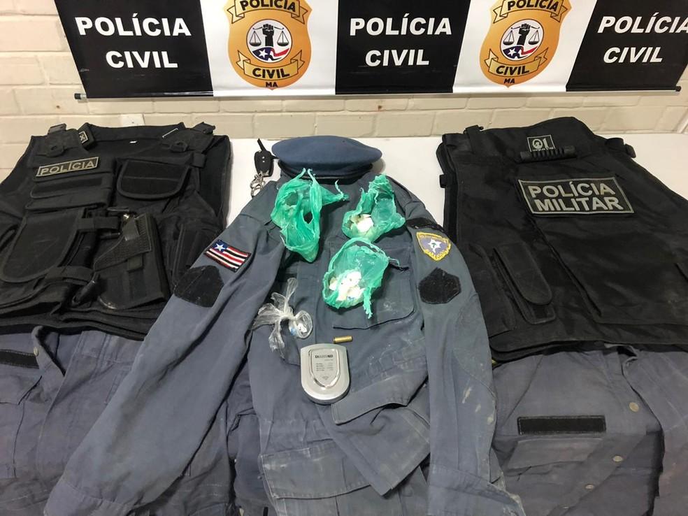 Fardamento da PM do Maranhão apreendido com membros de facção criminosa — Foto: Divulgação / Polícia Civil