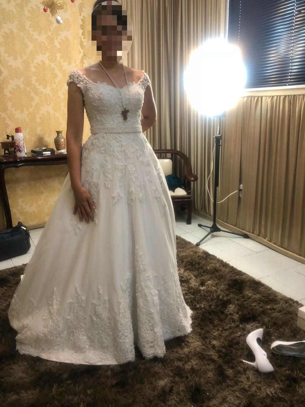 Noiva de Fortaleza tem vestido roubado no dia do seu casamento — Foto: Arquivo pessoal