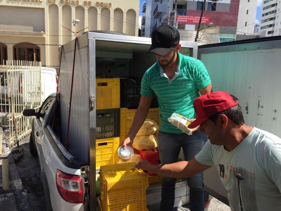 Produtor de laticínios do município de Ventura, no Agreste, ficou sem gasolina durante abastecimento de pontos comerciais no Grande Recife (Foto: Mônica Silveira/TV Globo)