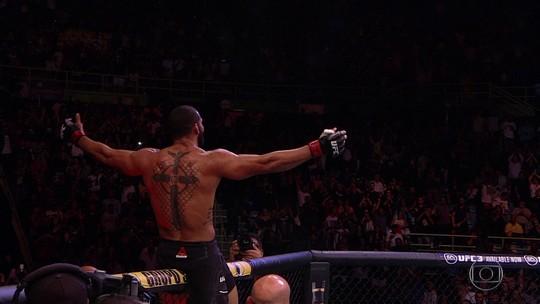 Thiago Marreta dá show e vence Eryk Anders por nocaute técnico no UFC São Paulo