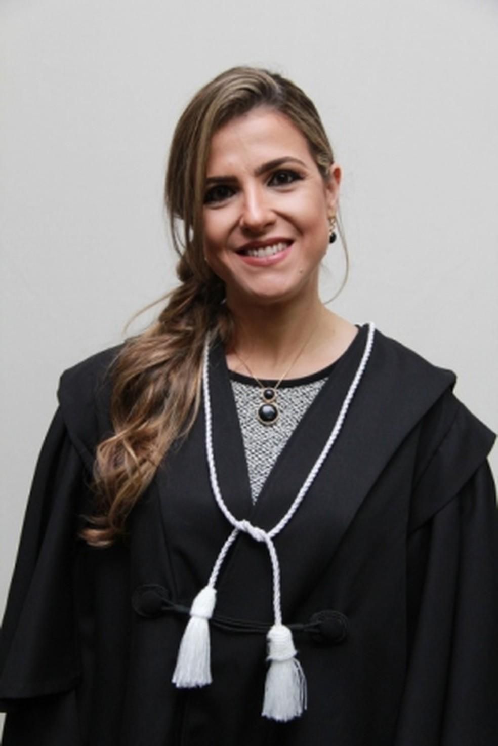 Janaina Cristina de Almeida é juíza e diretora da Comarca de São Félix do Araguaia (MT) — Foto: Arquivo pessoal