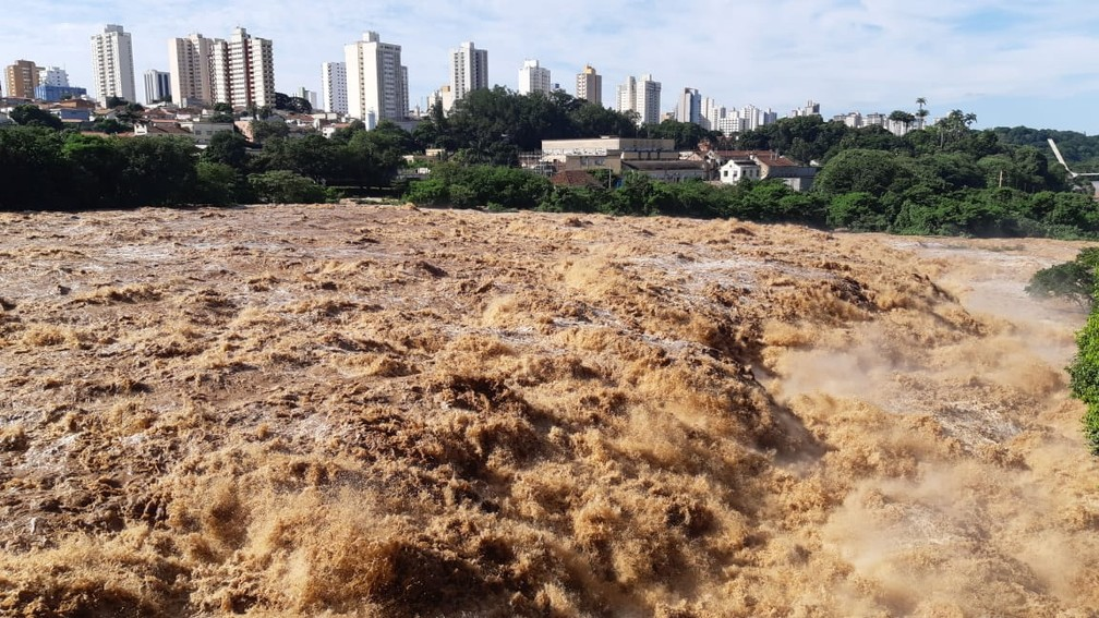 Rio Piracicaba faz parte do Comitê das Bacias PCJ — Foto: Edijan Del Santo/EPTV