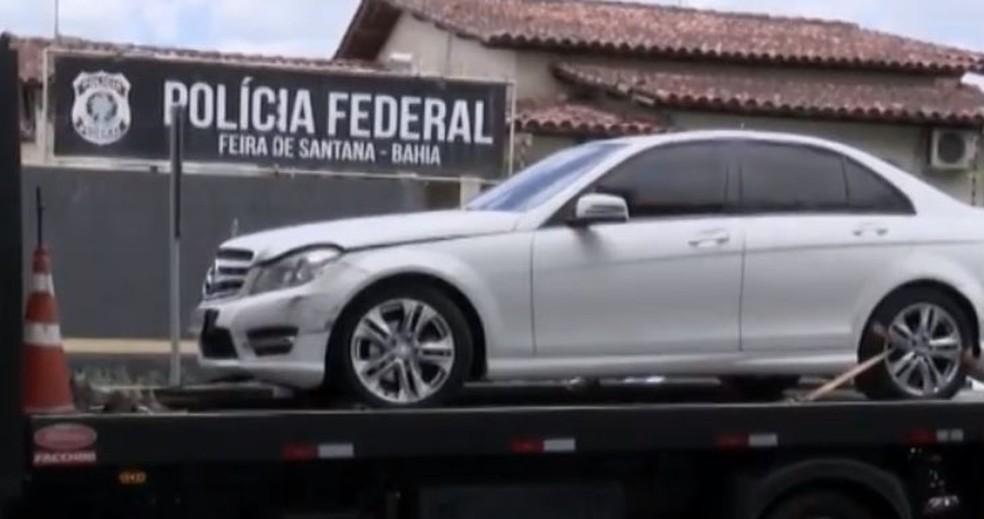 No total,  durante a operação, além das prisões, foram expedidos 29 mandados de buscas em Salvador, Feira de Santana, Santa Bárbara e Catu, além de Fortaleza. — Foto: Reprodução / TV Bahia