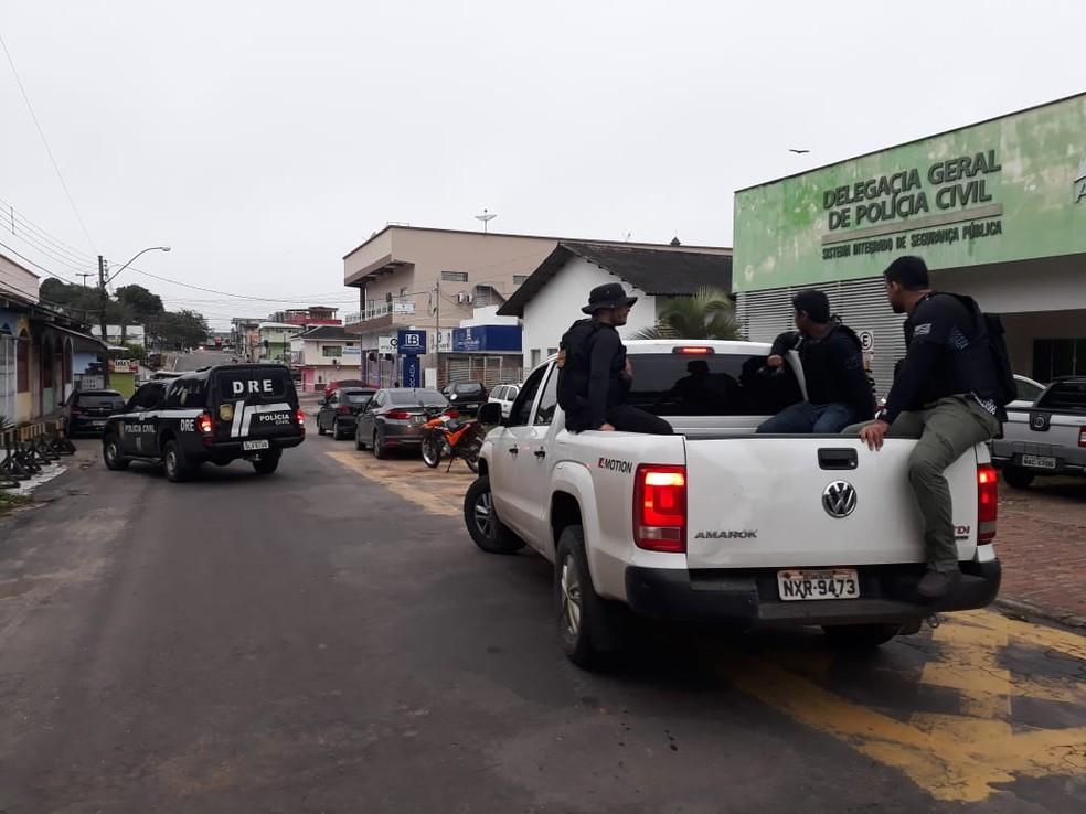 Operação iniciou nesta quinta-feira (31) e segue até o cumprimento de todos os mandados — Foto: Divulgação/Polícia Civil