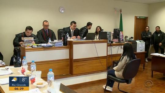 Júri de homem acusado de simular assalto e planejar morte de esposa é retomado em São Borja