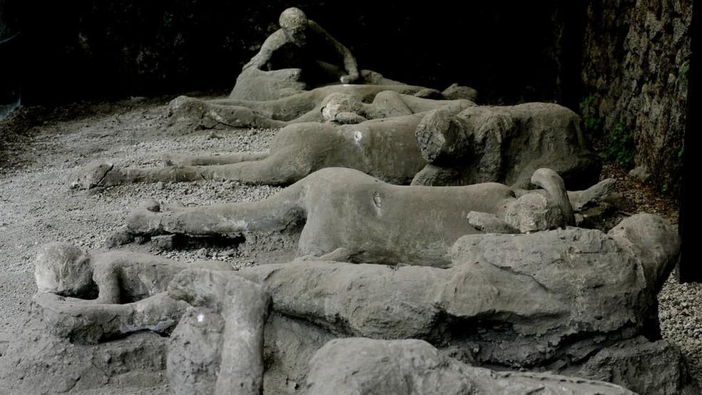 Antigos habitantes de Pompeia não tiveram chance de escapar da erupção do Monte Vesúvio, em 79 d.C. (Foto: Getty images via BBC)
