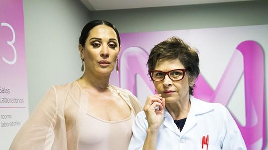 Claudia Raia aconselha sua personagem em 'A Fórmula': 'Devia fazer terapia'