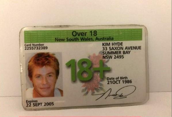 Identidade do personagem de Chris Hemsworth na série 'Home and Away' (Foto: Instagram)