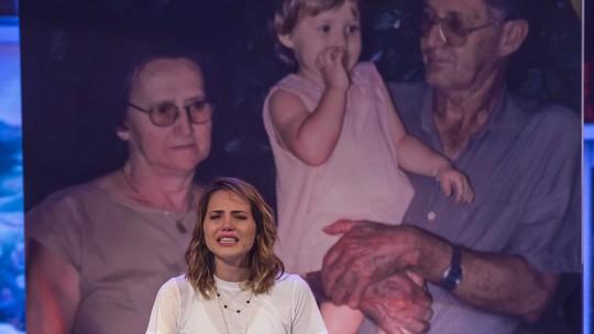 Letícia Colin conta história de amor dos avós no palco do 'Tamanho Família'