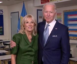 Joe Biden e a mulher, Jill Biden, durante a convenção democrata | Divulgação
