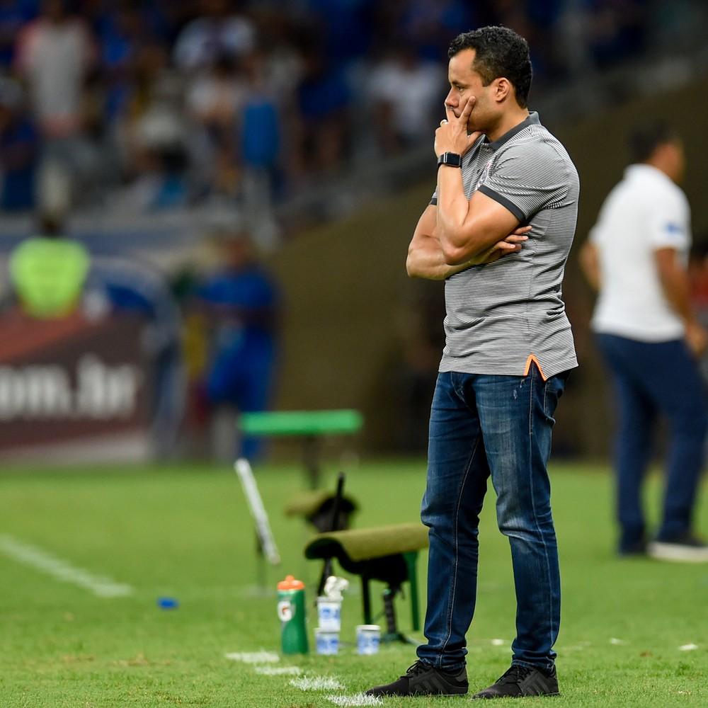 [ENQUETE] Para Jair Ventura, o Corinthians não tem chances de cair. Concordam?