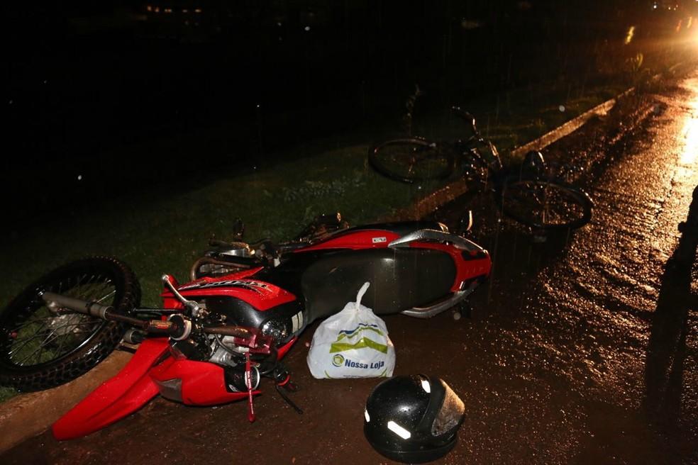 -  O jovem que também estava na bicicleta sofreu uma perfuração na região das costelas  Foto: Fernando Viieira/Arquivo pessoal