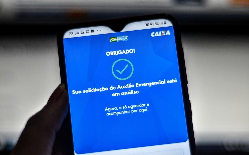 Beneficiários do Bolsa Família começam a receber R$ 300 a partir de quinta — Foto: Nayra Halm/Fotoarena/Estadão Conteúdo