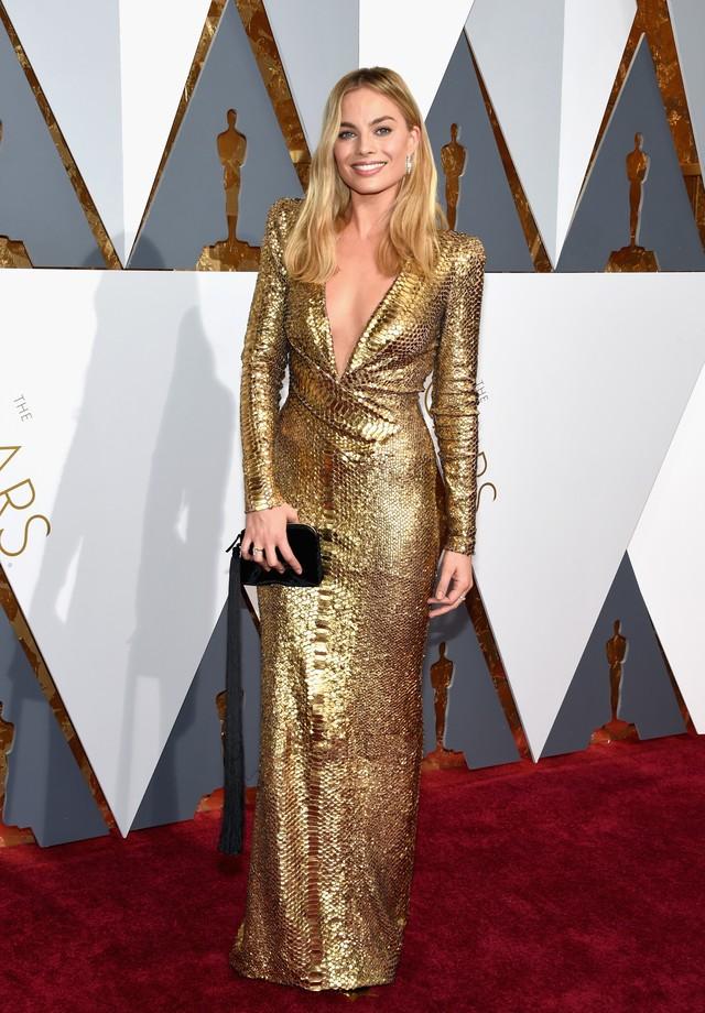 Margot Robbie de Diane von Furstenberg no Oscar de 2016 (Foto: Getty Images)