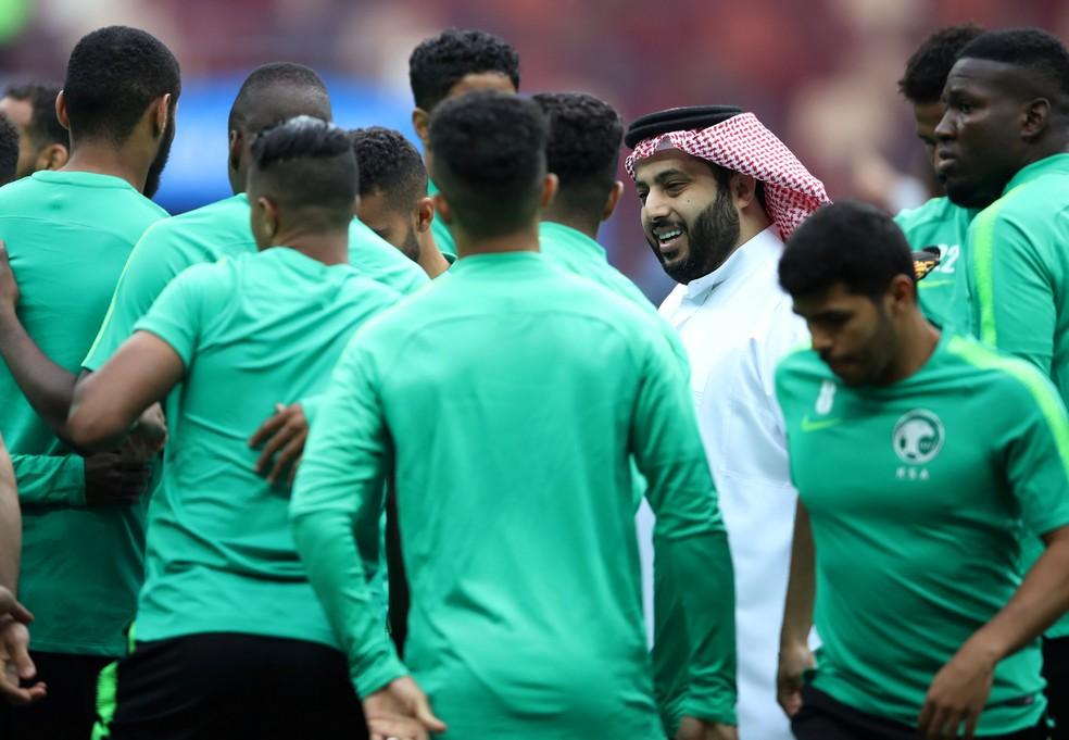 Sem vencer uma partida de Copa desde 1994, árabes tentarão estragar festa russa (Foto: Reuters)