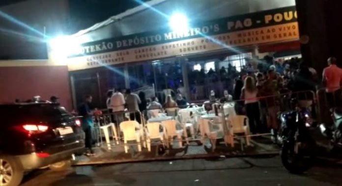 Força-tarefa de Araras encerra 'pagodão' com cerca de 300 pessoas em depósito de bebidas
