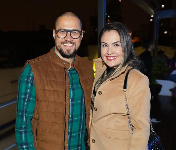Glauber Britto e Elaine Toffoli (Foto: Ali Karakas/ Divulgação)