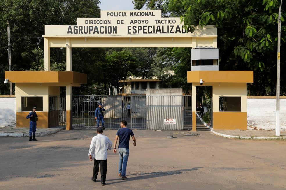 Agrupación Nacional Agrupação Especializada Polícia Nacional Ronaldinho Paraguai — Foto: Jorge Adorno/Reuters