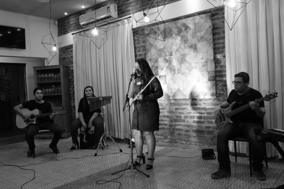 """EP """"Saiô - Live Sessions"""" foi gravado em Patos, na PB — Foto: Hz Moreira/Divulgação"""