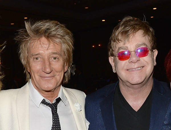 Os cantores Rod Stewart e Elton John (Foto: Getty Images)