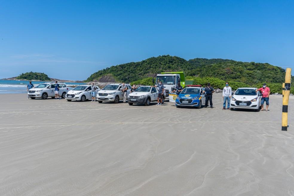Prefeitura de Bertioga, SP, tem realizado fiscalização nas praias — Foto: Reprodução/Prefeitura de Bertioga