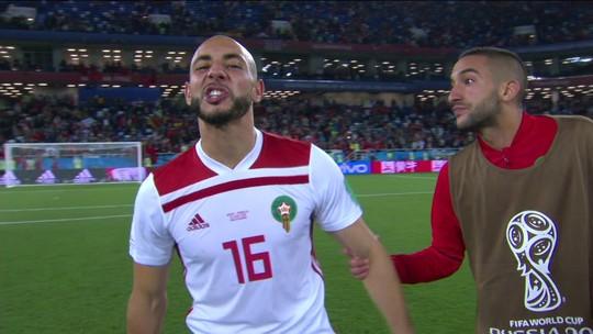"""Revoltado, jogador do Marrocos se irrita com VAR e dispara: """"É uma besteira"""""""