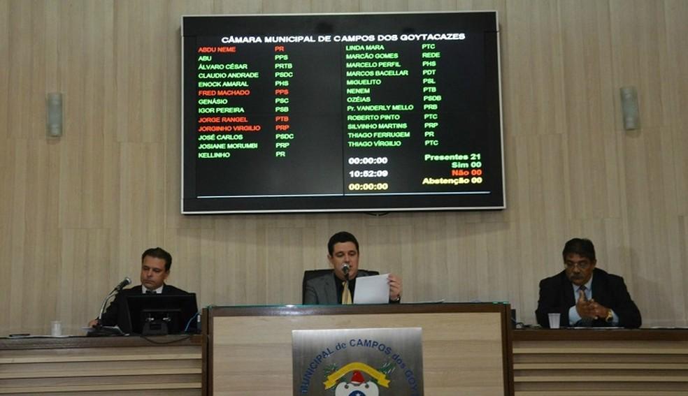Mudança foi aprovada em sessão extraordinária nesta sexta-feira (9) (Foto: Divulgação/Câmara de Vereadores de Campos)