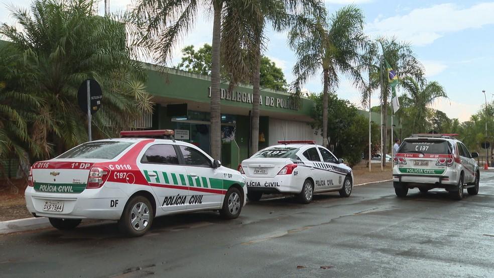 Fachada da 1ª Delegacia de Polícia, na Asa Sul, que investiga caso de infanticídio no DF  — Foto: TV Globo/Reprodução