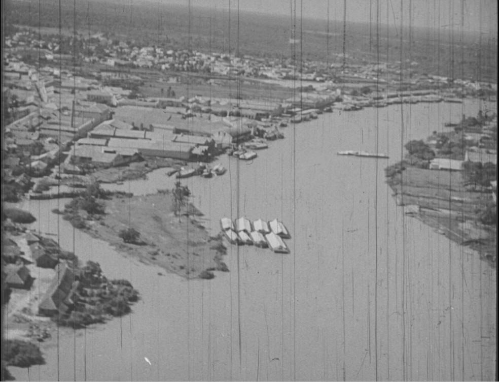 Imagens de Parnaíba da década de 1940 — Foto: Imagens retiradas do Filme Parnahyba - as janelas olham devagar