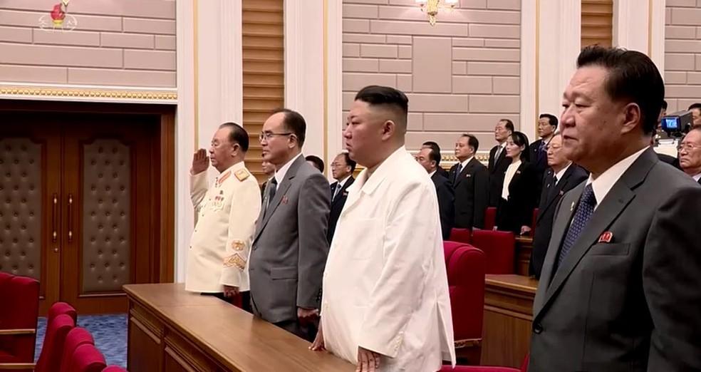 Líder da Coreia do Norte, Kim Jong-un, em um concerto em Pyongyang. — Foto: Reuters