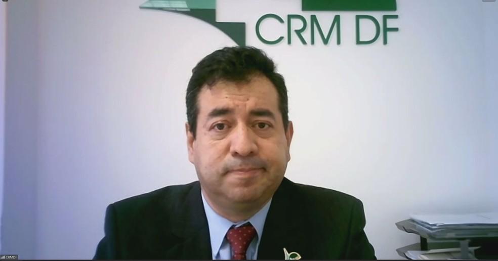 Farid Buitrago Sanchez, presidente do Conselho Regional de Medicina do DF (CRM-DF)  — Foto: Foto: Reprodução/Zoom