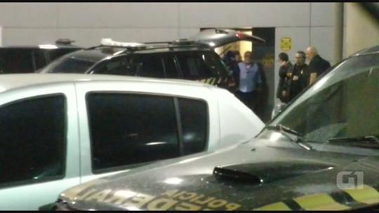Vídeo mostra padrasto do menino Joaquim preso no aeroporto de Guarulhos após extradição da Espanha
