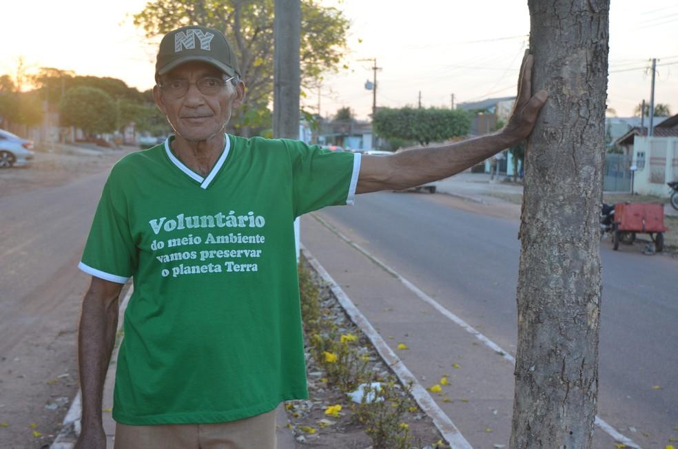 Gervásio, um voluntário orgulhoso do projeto (Foto: Rogério Aderbal/G1)