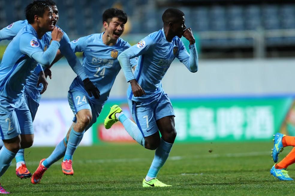 Ramires comemora gol pelo Jiangsu Suning na Champions da Ásia — Foto: Osports
