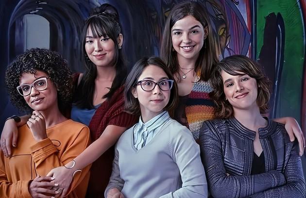 'As Five', que estreia nesta quinta, 12, no Globoplay, é um spin-off de 'Malhação: Viva a diferença'. No início, as amigas se reencontram após seis anos afastadas (Foto: TV Globo)