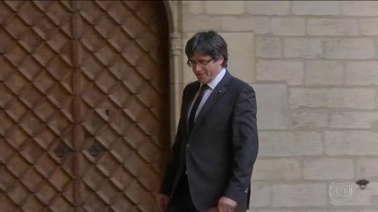 Puigdemont é solto na Bélgica e critica Madri em mensagem