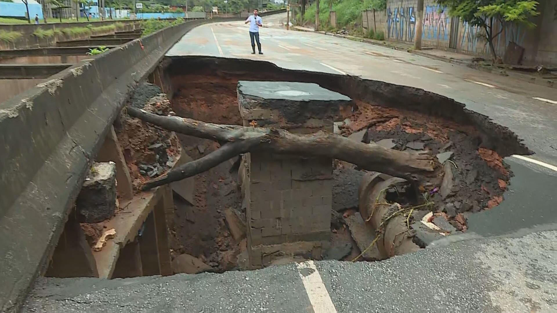 Chuvas provocam mortes e estragos em Minas