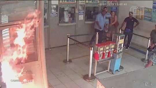 Vídeo mostra criminosos assaltando e ateando fogo em lotérica de Jundiaí