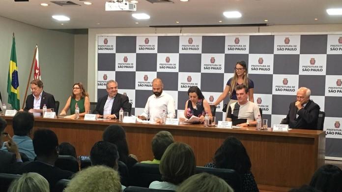 Resultado de imagem para Corinthians, Palmeiras e São Paulo se unem em ação de combate à violência contra a mulher