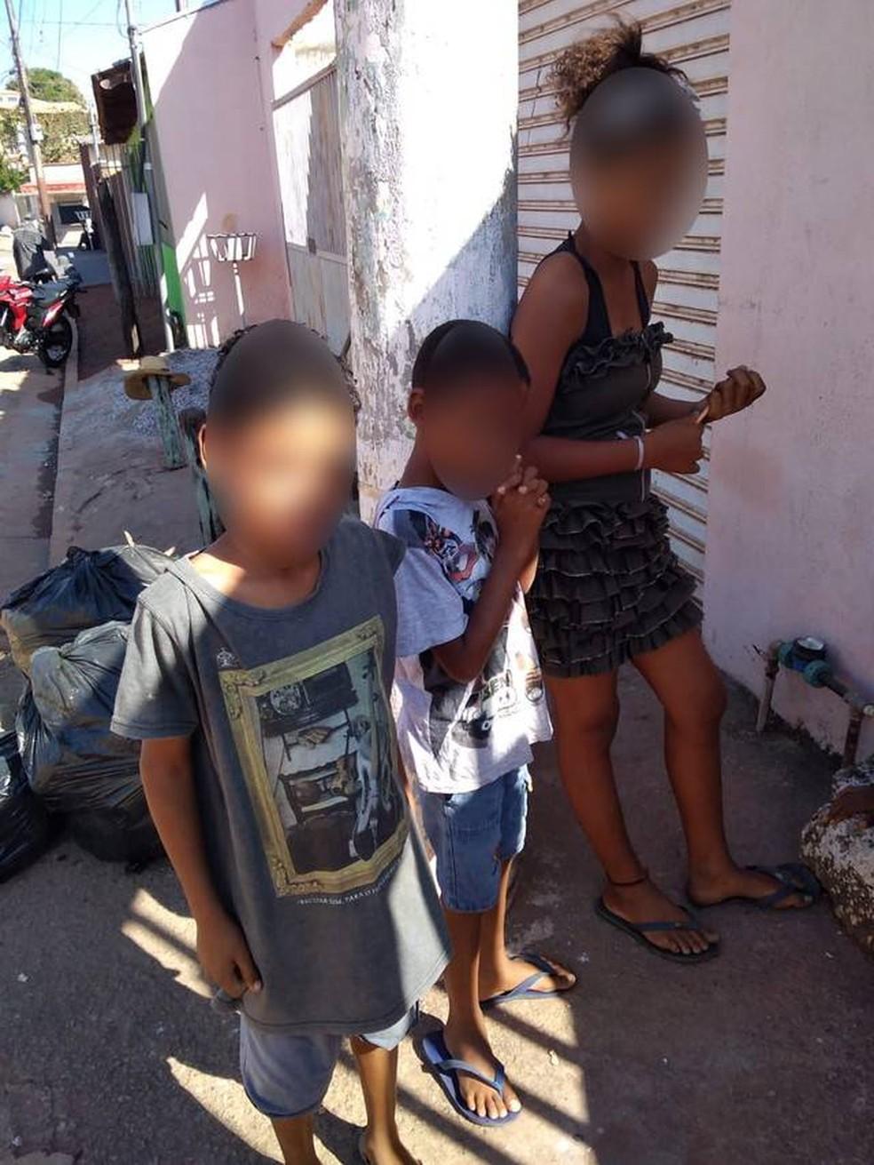 Irmãos de 13, 10 e 9 anos desaparecem após saírem de casa para irem até a avó em Cuiabá — Foto: DHPP/Divulgação
