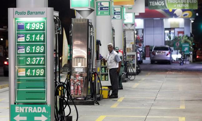 Posto sem gasolina, no Rio