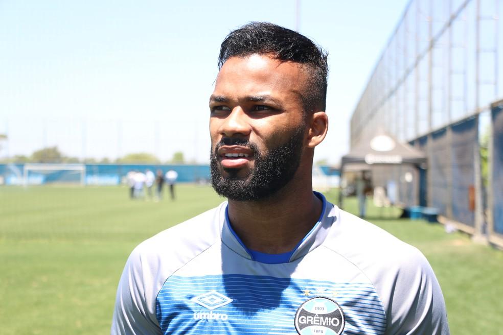 Fernandinho vive seu melhor momento no Grêmio (Foto: Eduardo Moura/GloboEsporte.com)