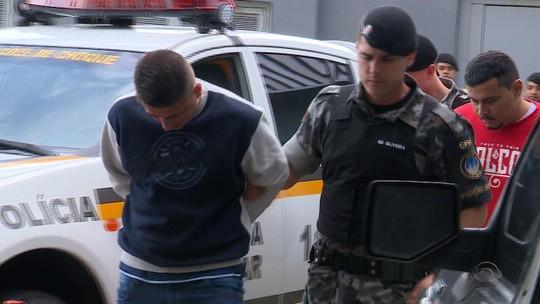 Áudios revelam que presos negociam venda de carros clonados de dentro da cadeia no RS