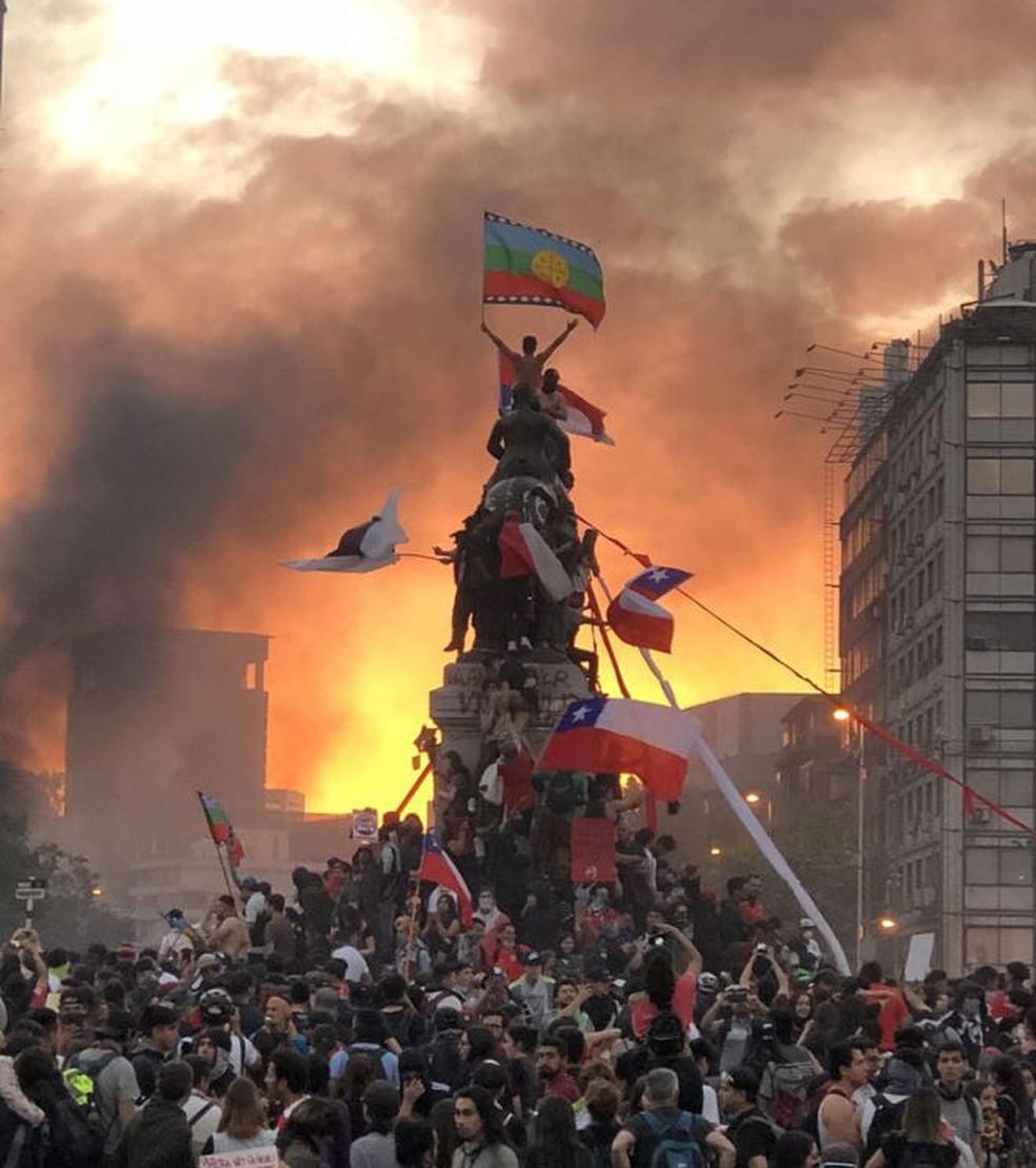 O Chile acordou': autora da foto viral que marcou protestos conta ...