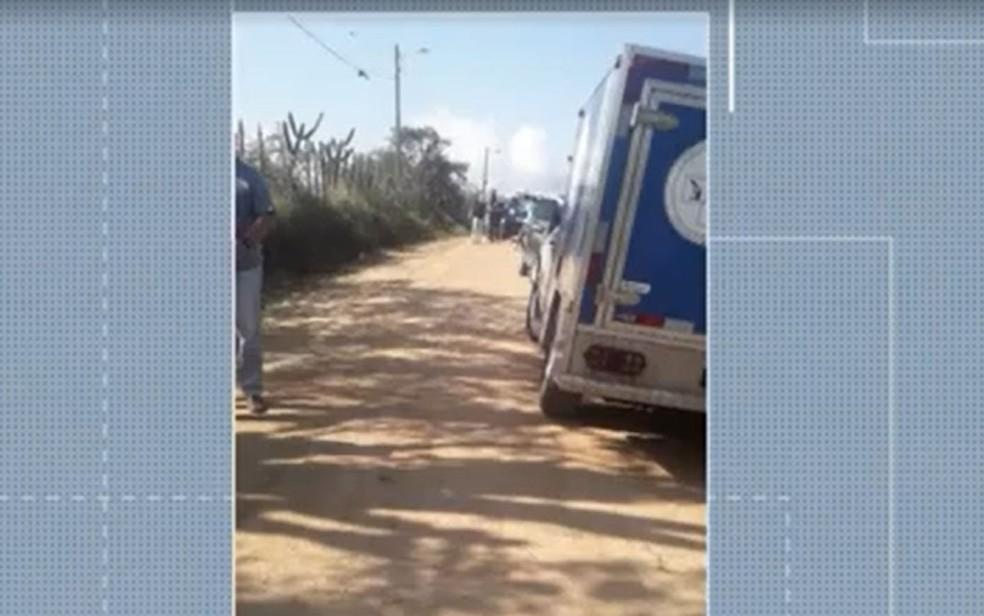 Adolescente de 15 anos é achada morta e jovem de 17 confessa crime na Bahia. — Foto: Reprodução / TV Subaé