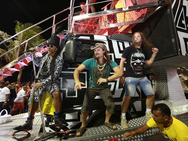 Angra e Sepultura são convidados de Carlinhos Brown no carnaval de Salvador (Foto: Mauro Zaniboni /Ag Haack)