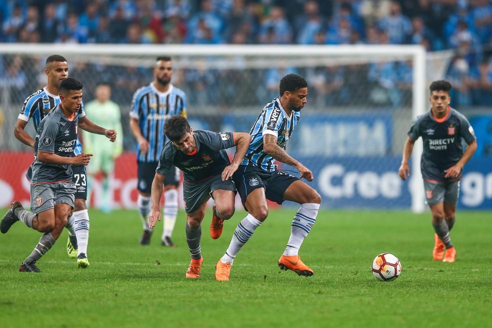 André passa por cirurgia de apendicite e desfalca Grêmio por duas semanas
